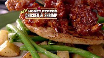 Applebee's 2 for $20 Menu TV Spot, 'Check It Out' Featuring Chris Berman - Thumbnail 10