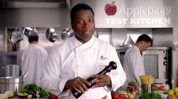 Applebee's 2 for $20 Pepper Grill Entrees TV Spot, 'Promise' - Thumbnail 7