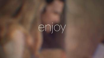 Glasses.com 3D Virtual Try-On TV Spot, 'Enjoy' - Thumbnail 10