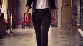 NYDJ TV Spot, 'Walk in Beauty' Featuring Helena Christensen - Thumbnail 7