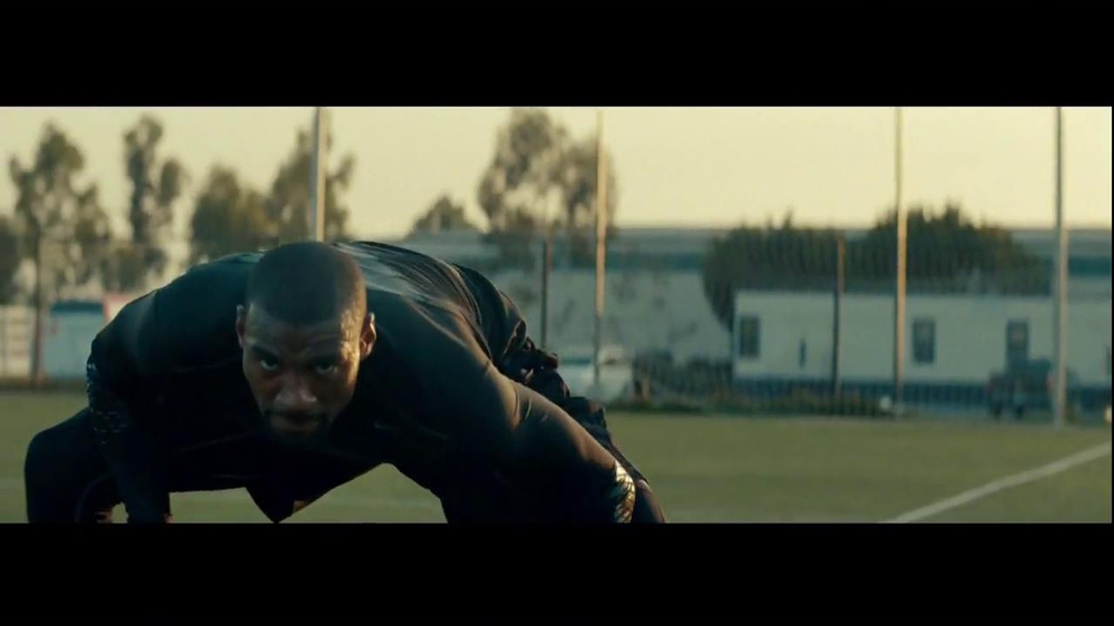 Nike TV Commercial, 'Two Sides' Featuring Calvin Johnson, Diddy