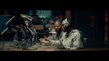 Nike TV Spot, 'Two Sides' Featuring Calvin Johnson, Diddy - Thumbnail 5