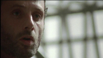 The Walking Dead: The Complete Third Season Blu-ray and DVD TV Spot - Thumbnail 4
