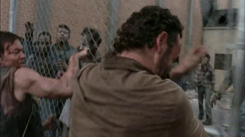 The Walking Dead: The Complete Third Season Blu-ray and DVD TV Spot - Thumbnail 9