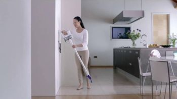 Dyson Hard TV Spot, 'One Action' - Thumbnail 4