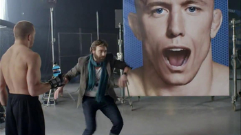 NOS Active TV Spot, 'GIF' Featuring Georges St-Pierre - Thumbnail 6