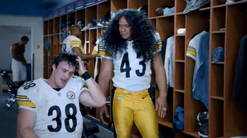 Head & Shoulders For Men TV Spot, 'Hair Transplant' Feat. Troy Polamalu - Thumbnail 2