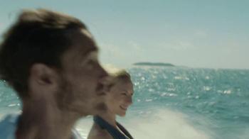 Verizon Droid Max TV Spot, 'Droid Max: Island' - Thumbnail 1