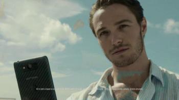 Verizon Droid Max TV Spot, 'Droid Max: Island' - Thumbnail 8