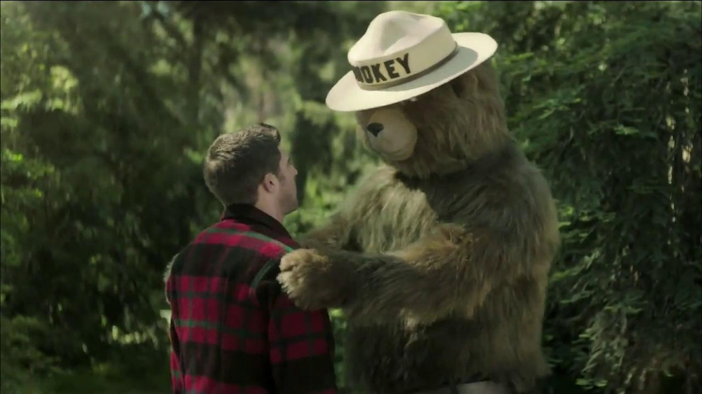 Smokey Bear Campaign TV Commercial, 'Bear Hug'