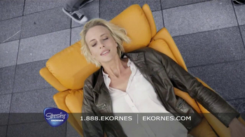 Ekornes Stressless TV Spot, 'Black and White' - Thumbnail 4