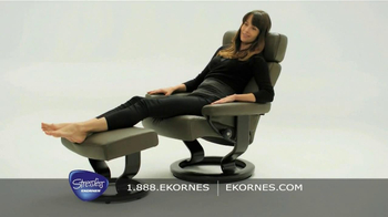 Ekornes Stressless TV Spot, 'Black and White' - Thumbnail 7