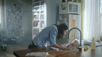 Johnson's Baby Head-to-Toe Wash TV Spot [Spanish] - Thumbnail 6