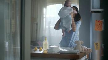 Johnson's Baby Head-to-Toe Wash TV Spot [Spanish] - Thumbnail 9