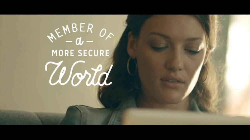 American Express Fraud Alert TV Commercial, 'Too Comfortable'
