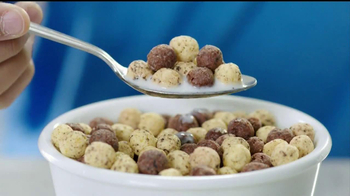Hershey's Cookies 'n' Creme Cereal TV Spot - Thumbnail 5