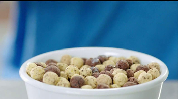Hershey's Cookies 'n' Creme Cereal TV Spot - Thumbnail 6