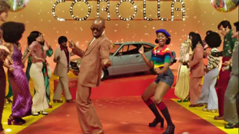 2014 Toyota Corolla TV Spot, 'Style Never Goes Out Of Style' - Thumbnail 4