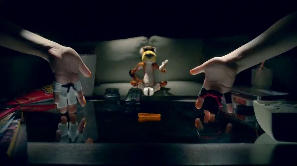 Cheetos TV Commercial, 'Finger Fighters'