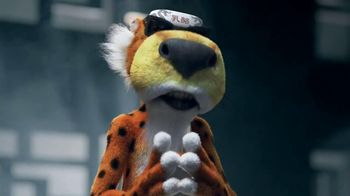 Cheetos TV Spot, 'Finger Fighters' - Thumbnail 10