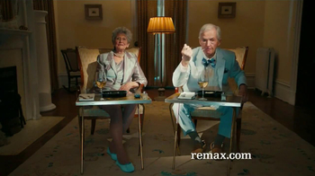 RE/MAX TV Spot, 'Perfect Fit: From Poker to Grandchildren' - Thumbnail 7