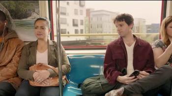 Kleenex TV Spot, 'Alguien necesita uno' [Spanish] - Thumbnail 4