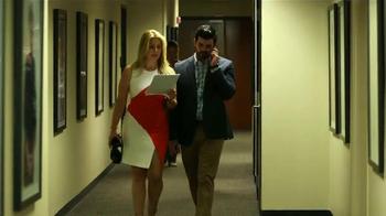 Wells Fargo TV Spot, 'Equipo bancario con María Marín [Spanish] - Thumbnail 5