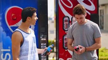 Pepsi TV Spot, 'But Only With Pepsi: Bear' [Spanish] - Thumbnail 3