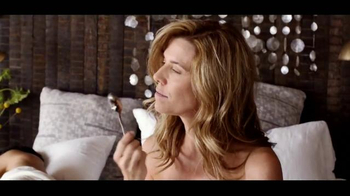 Chobani Simply 100 TV Spot, 'Love This Life' - Thumbnail 3