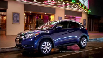 Honda HR-V Crossover 2016 TV Spot, 'Billboard' con Prince Royce [Spanish] - Thumbnail 7