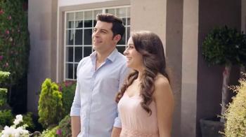 DIRECTV TV Spot, 'New Home' con Aarón Díaz [Spanish] - Thumbnail 5