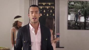 DIRECTV TV Spot, 'New Home' con Aarón Díaz [Spanish] - Thumbnail 9