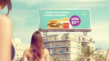 McDonald's Double Cheeseburger y Papitas TV Spot, 'La playa' [Spanish] - Thumbnail 4