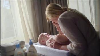 Aveeno Baby Daily Moisture Lotion TV Spot, 'Baby Lashes' - Thumbnail 5