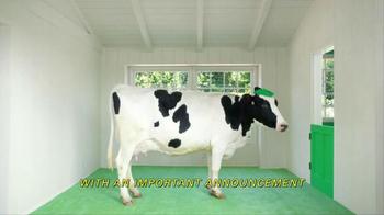 Yoplait Original Key Lime Pie TV Spot, 'Milk Cow' - Thumbnail 2
