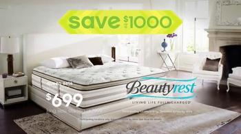 Ashley Furniture Homestore TV Spot, 'Summer Hot Buys' - Thumbnail 7