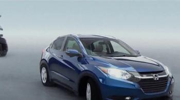 2016 Honda HR-V TV Spot, 'Great Thinking Inside' Song by Sammy Davis Jr. - Thumbnail 7