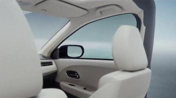 2016 Honda HR-V TV Spot, 'Great Thinking Inside' Song by Sammy Davis Jr. - Thumbnail 8