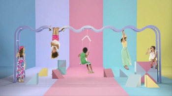 Target TV Spot, 'Just Hangin', TargetStyle' Song by Questlove - Thumbnail 8