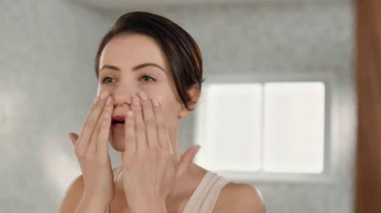 Cetaphil Gentle Skin Cleanser TV Spot, 'Feel Beautiful' - Thumbnail 3