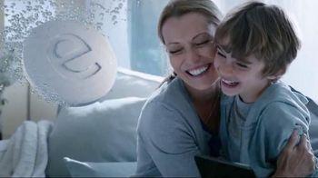 Efferdent Anti-Bacterial Denture Cleanser TV Spot, 'The Efferdent Effect'