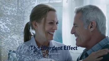 Efferdent Anti-Bacterial Denture Cleanser TV Spot, 'The Efferdent Effect' - Thumbnail 3
