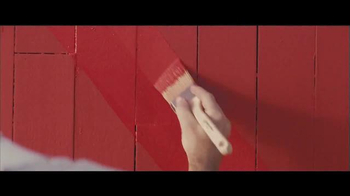 Benjamin Moore Aura Exterior Paint TV Spot, 'The Red Barn' - Thumbnail 2