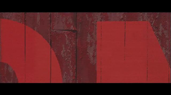 Benjamin Moore Aura Exterior Paint TV Spot, 'The Red Barn' - Thumbnail 7
