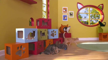 Friskies Pull 'n Play TV Spot, 'Playhouse' - Thumbnail 2