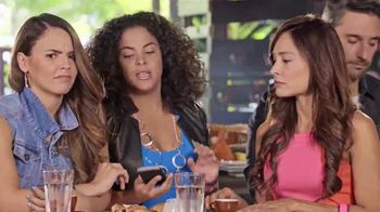 Univision Mobile TV Spot, 'Quejas en el bar' con Chiqui Delgado [Spanish] - 339 commercial airings