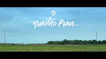 AT&T Mobile Share TV Spot, 'Nuestro plan' [Spanish] - Thumbnail 1
