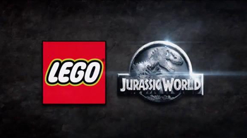 LEGO Jurassic World TV Spot, 'Welcome to Jurassic Park' - Thumbnail 9