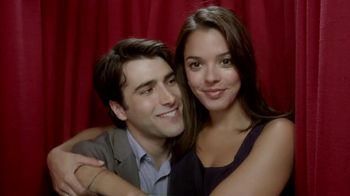Kay Jewelers TV Spot, 'Photo Booth Valentine's Day'