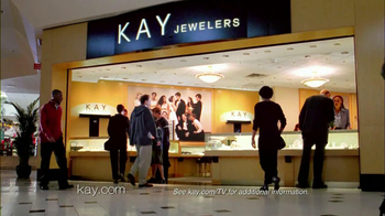Kay Jewelers TV Spot, 'Photo Booth Valentine's Day' - Thumbnail 4